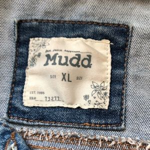 Mudd Jackets & Coats - Mudd Embroidered Snake Distressed Jean Jacket